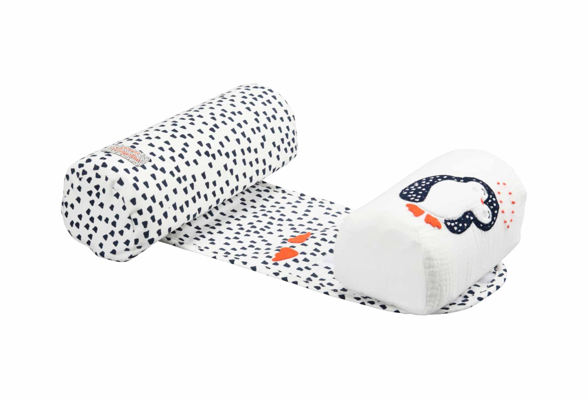 cale bébé pingouin blanc