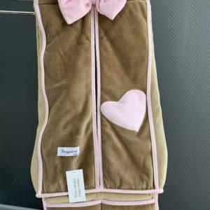 porte couche coeur rose