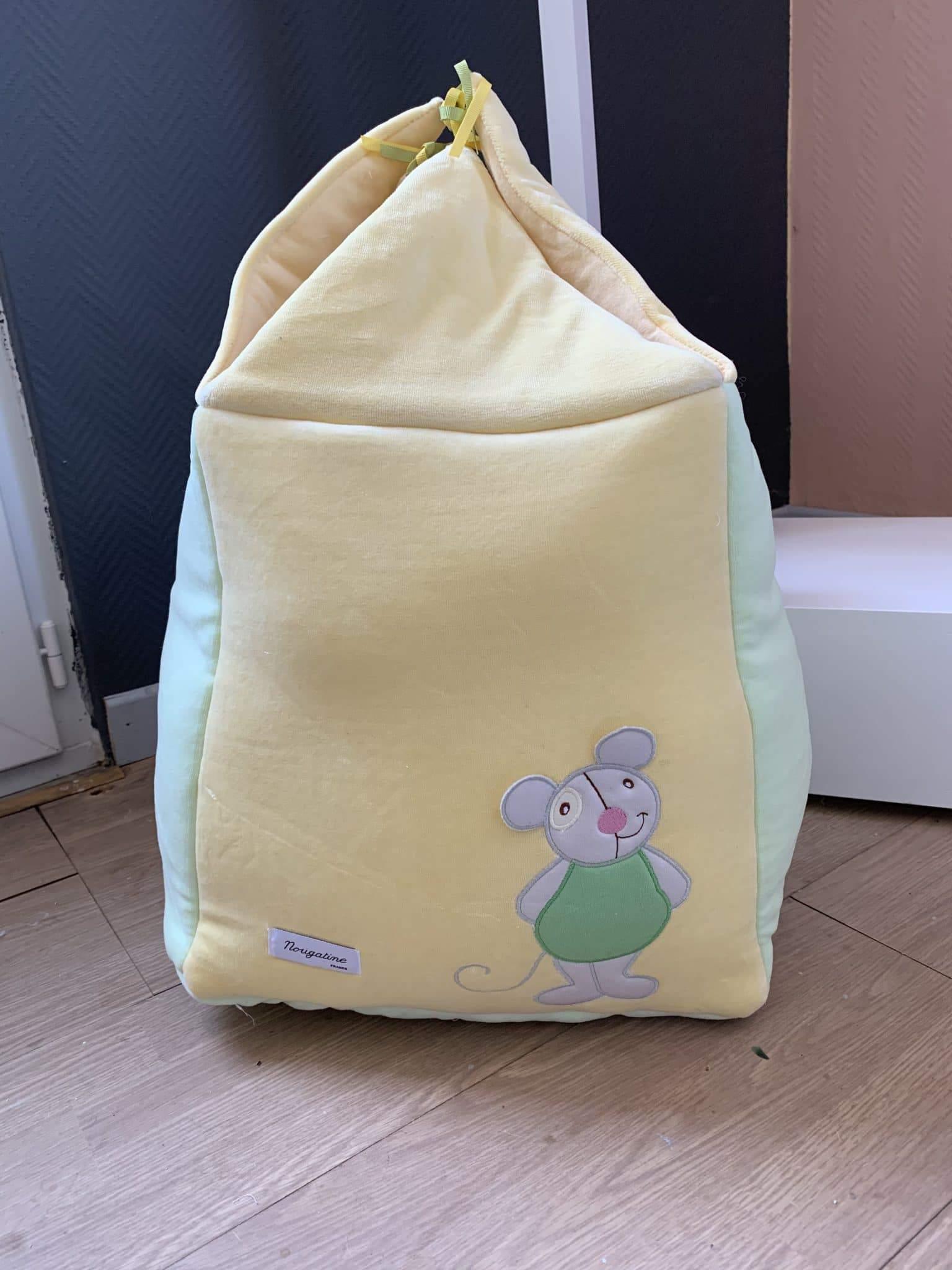 sac à linge souris verte
