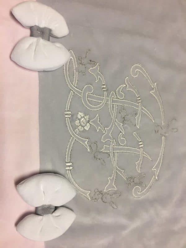 Couverture tal rose et gris