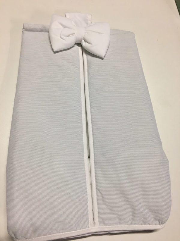 porte couches rayé gris